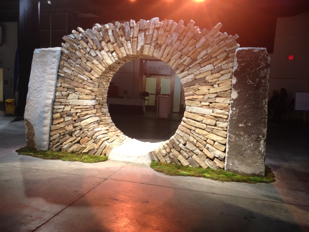 Dry stone walling arch